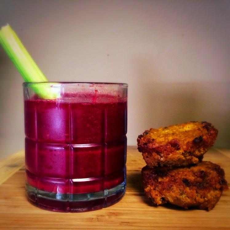 Beet juice & pulp muffins